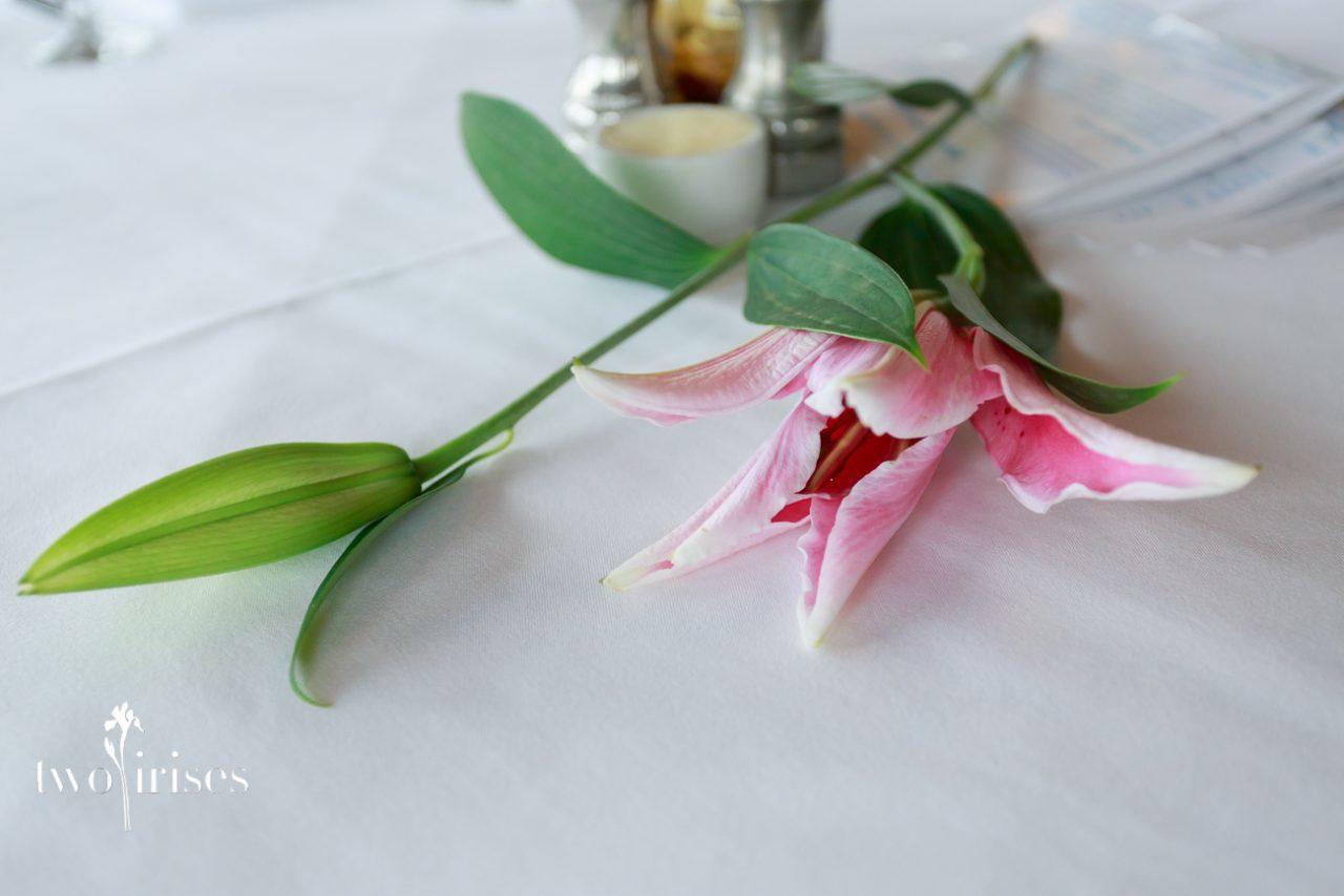 centerpiece lily