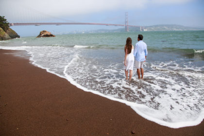 engagement photos at golden gate bridge